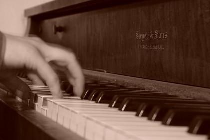 piano-962995_1920-420x280