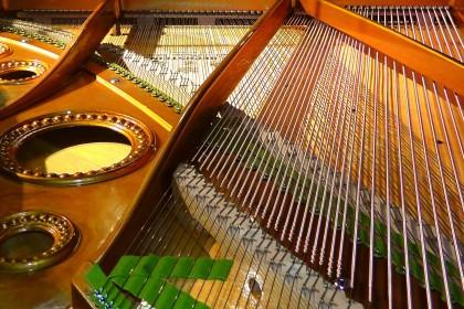 piano-strings-108452_1920-420x280